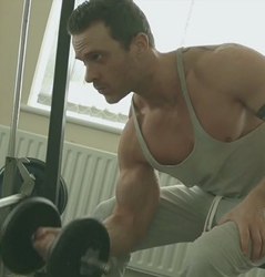 How To Do Concentration Curls Correctly