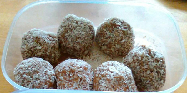 chocolate-protein-balls2